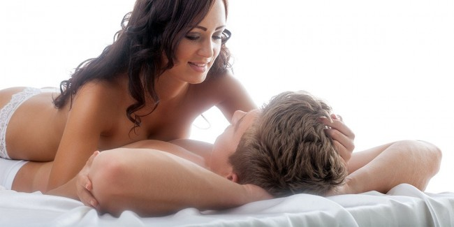 Erotická NURU masáž s krásnymi masérkami